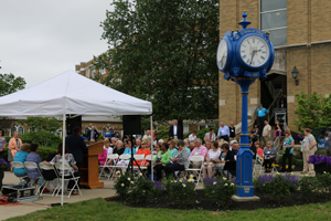 The Class of 1968, alumni and guests participate in dedication ceremony.